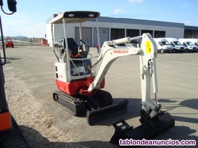 Mini excavadora giratoria takeuchi tb215r de  kg.