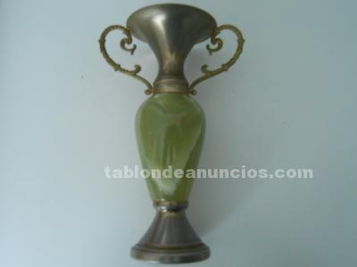 Antigüo jarron-copa de marmol de carrara