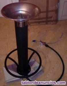 Fuente con pulsador de pie