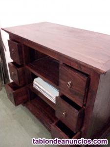 Mueble de castaño macizo