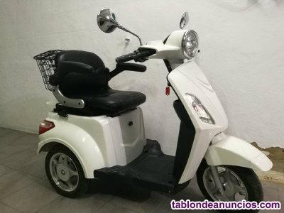 Se vende scooter electrico para personas de movilidad