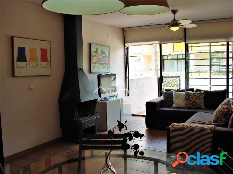 Adosado de 4 dormitorios en perfecto estado de conservación