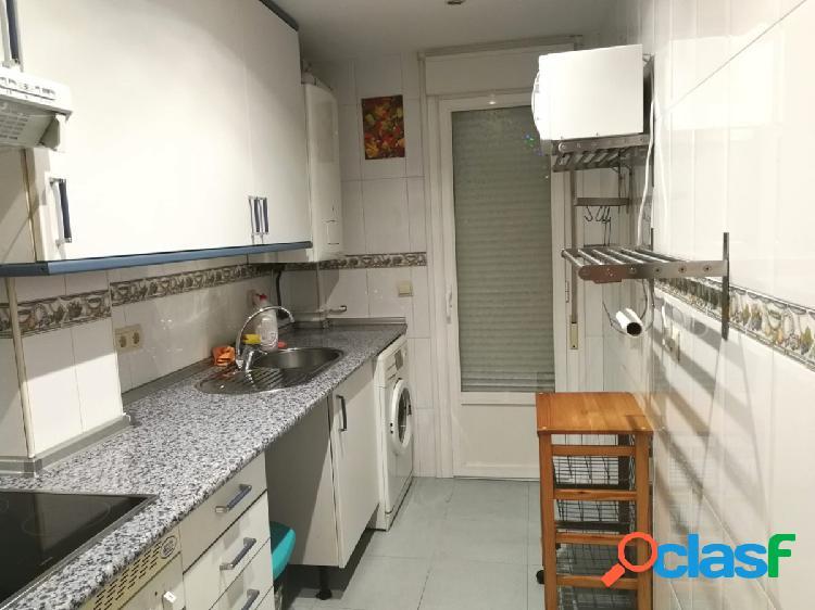 Alquilamos piso céntrico con plaza de garaje en Galapagar