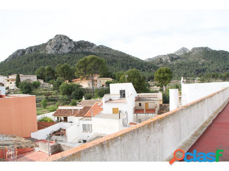 Alquiler anual - Piso de 3 habitaciones en Orba