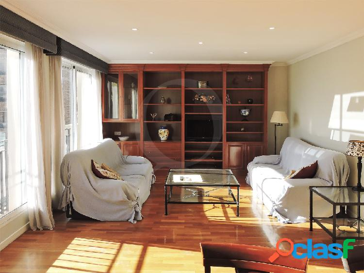 Alquiler gran piso totalmente reformado junto a la explanada