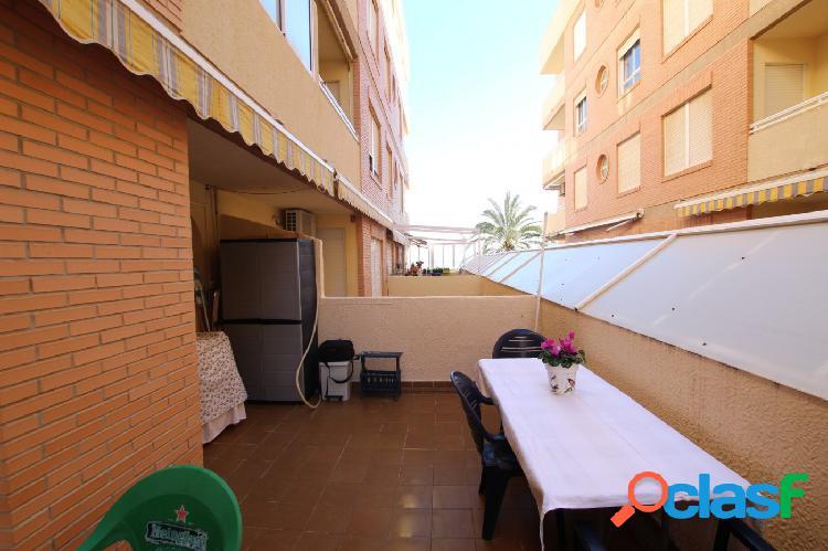Apartamento de 2 dormitorios en Calle Azorín Guardamar