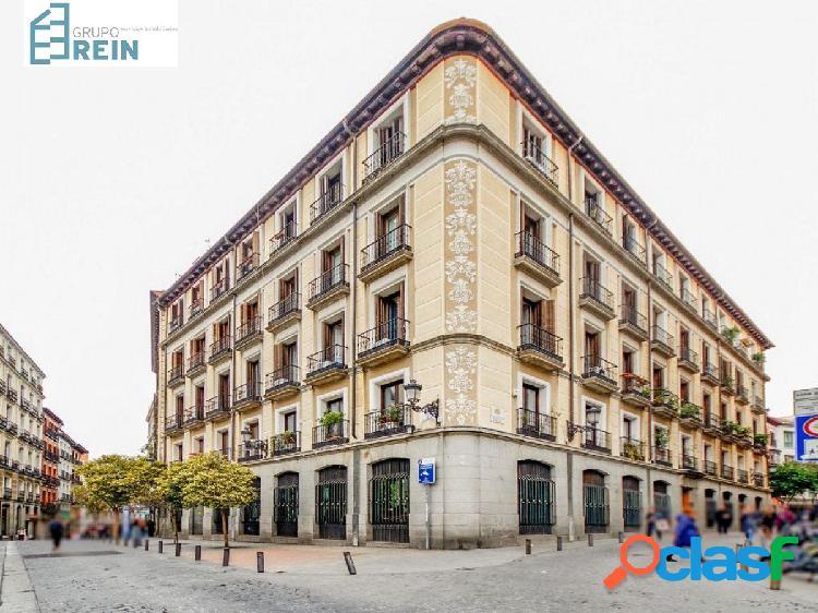 Apartamento de 96m2 en la Calle La Bolsa junto a la Plaza
