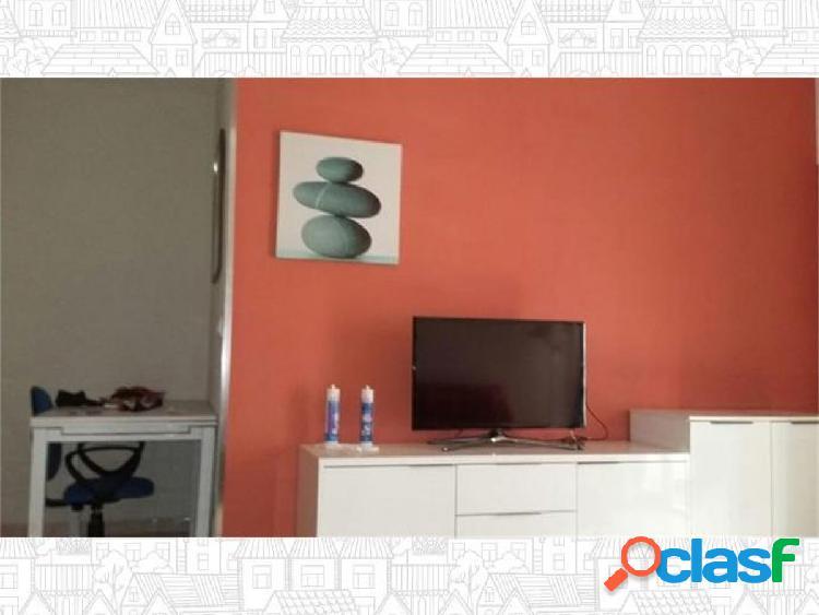 Apartamento en Almeria zona Oliveros, 75 m., terraza, 300 m.