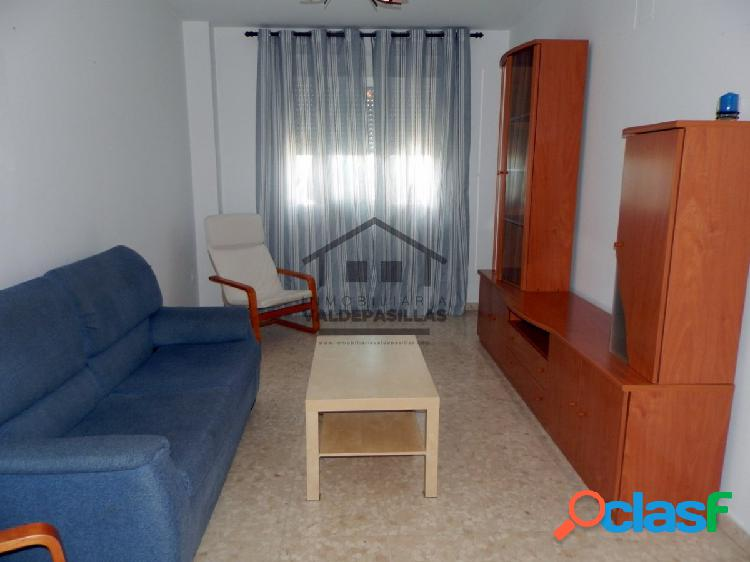 Apartamento en San Roque de dos dormitorios para entrar.