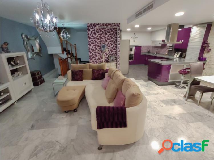 Bonita casa RENTA LIBRE en Sevilla Este zona ¨ Los