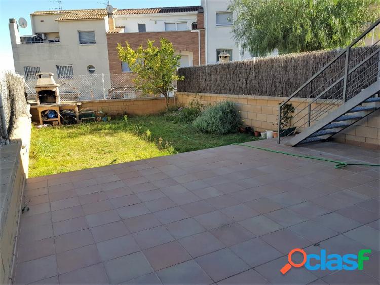 Bonita y luminosa casa con jardín en La Collada, Vilanova i