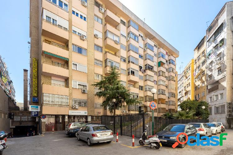 Bonito apartamento en la Avda. Madrid y frente antigua