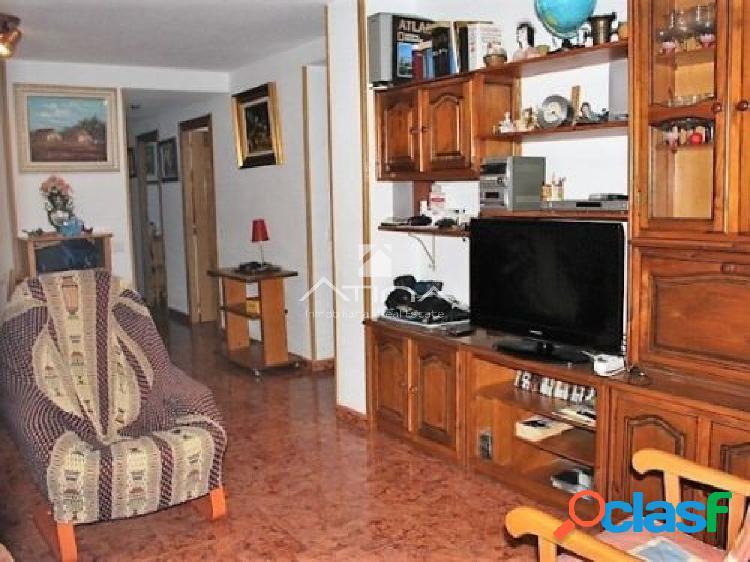 Bonito apartamento situado en la playa de Gandia ideal para