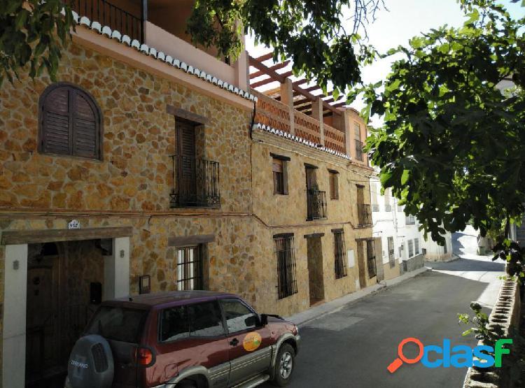 Casa / Chalet en venta en Dúrcal de 172 m2
