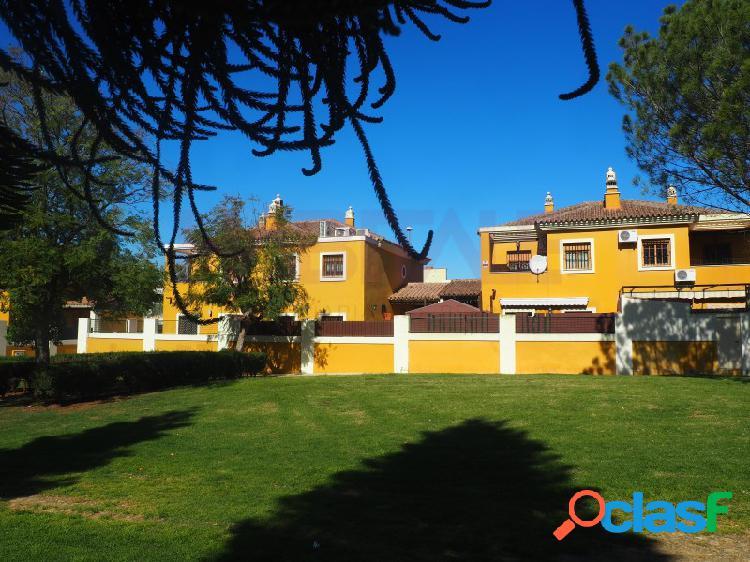 Casa Pareada en Nueva Alcalá.