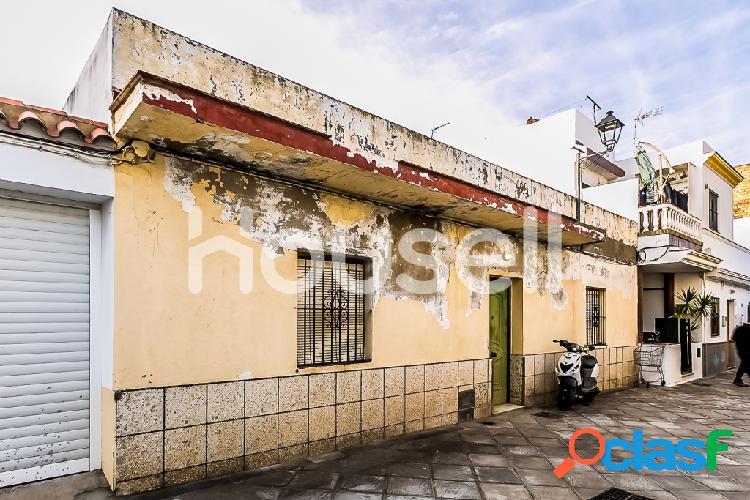 Casa de 220m² en Calle Fragata, 11550 Chipiona (Cádiz)