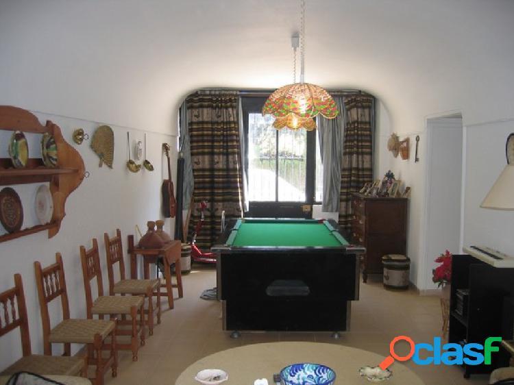 Casa de campo-Masía en Venta en Cullar Granada