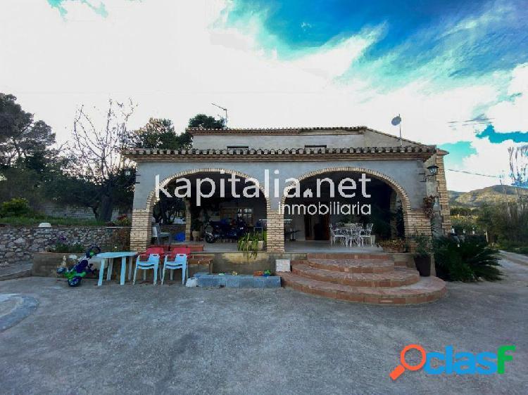 Casa de campo a la venta a 6 min del centro de Ontinyent