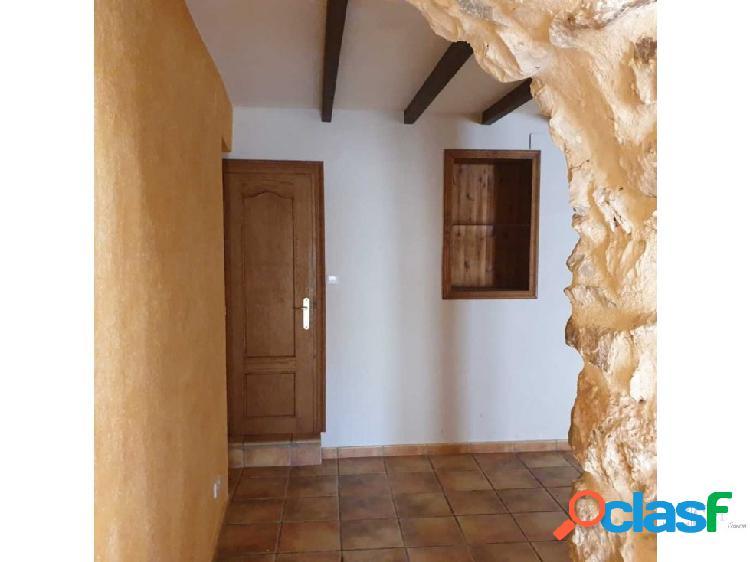 Casa de pueblo de 6 habitaciones en Tormos