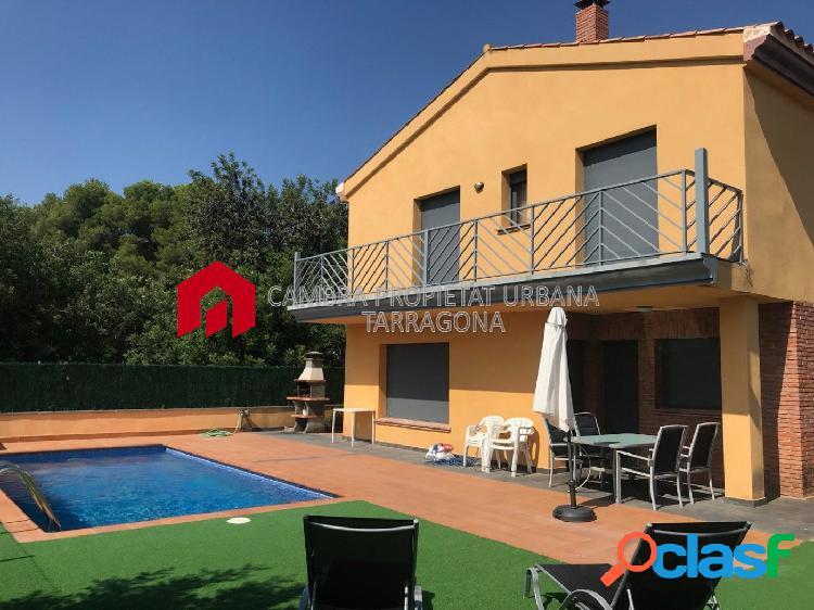 Chalet cuatro vientos con piscina privada.