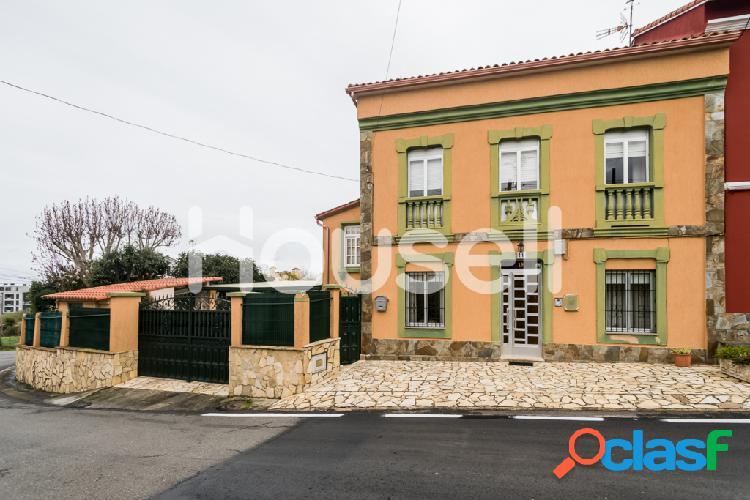 Chalet de 267m² en Calle Costa de Ouces 19, 1 piso, 15165