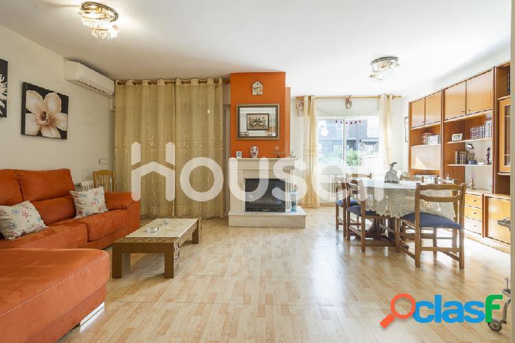 Chalet en venta de 253m² en Calle Severo Ochoa, 28830 San