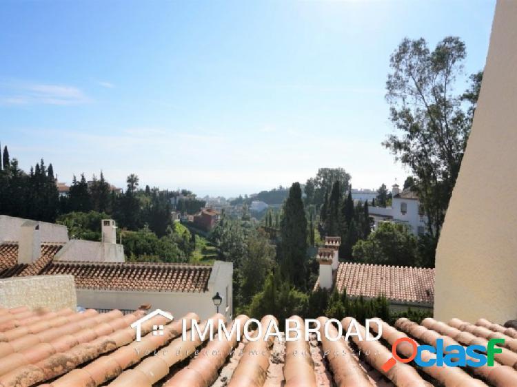 Chalet en venta en Rincón de la Victoria con 3 dormitorios