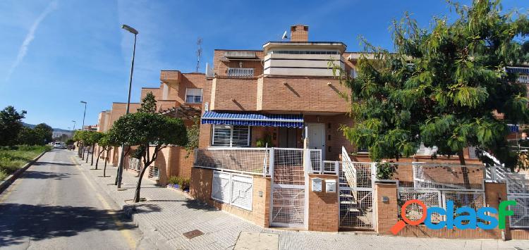 Duplex El Palmar con piscina comunitaria