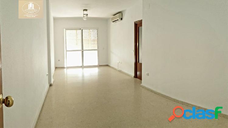 EXCELENTE piso VPO en La Negrilla