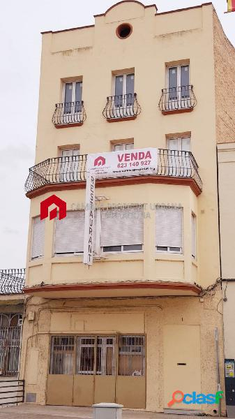 Edificio en venta en Mora d'Ebre Tarragona