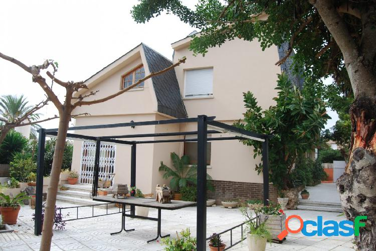 Espectacular casa en el centro de Segur