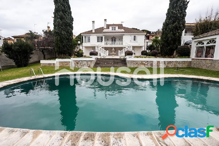 Espectacular casa en venta de 1600 m² en Calle Los Alamos,