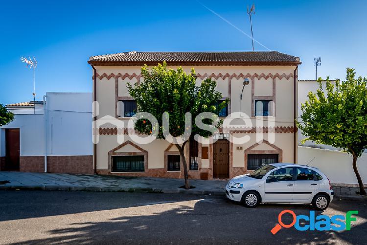 Espectacular chalet en venta de 300 m² en Calle Merina,