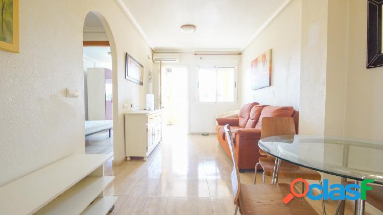Estupendo apartamento en Jacarilla!