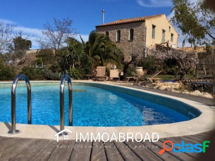 Finca en venta en Rasquera con 6 dormitorios y 5 baños