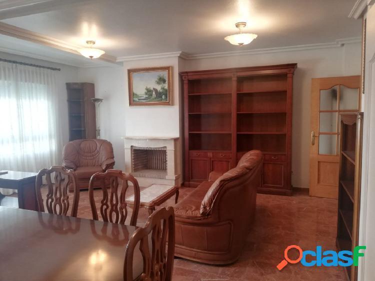 Gran piso familiar en pleno centro de Torrevieja