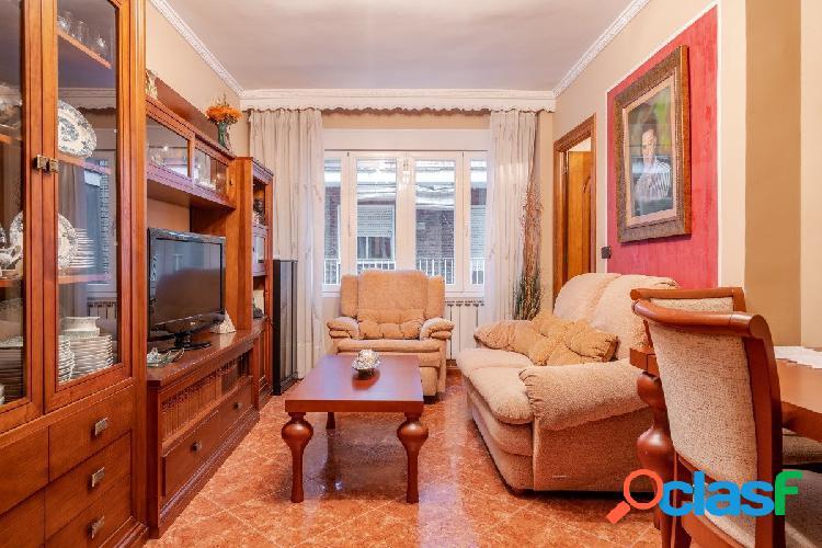Hermoso piso reformado en Zaidin!