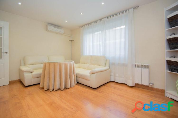 Impecable piso reformado en Arabial!
