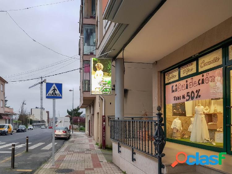 LOCAL COMERCIAL EN EL CENTRO DE CAMBRE