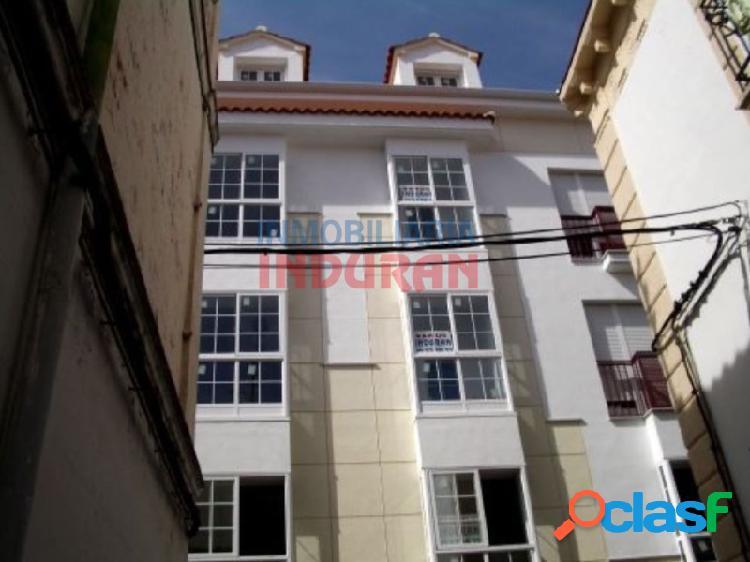 Local de 80 m2 ideal para oficina situado en zona centro,