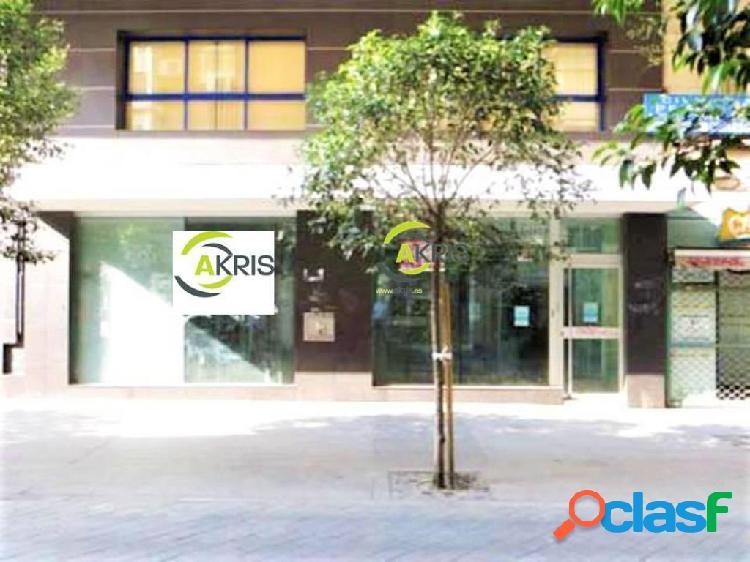 Local en alquiler y en venta en Alcorcón de 448 m2