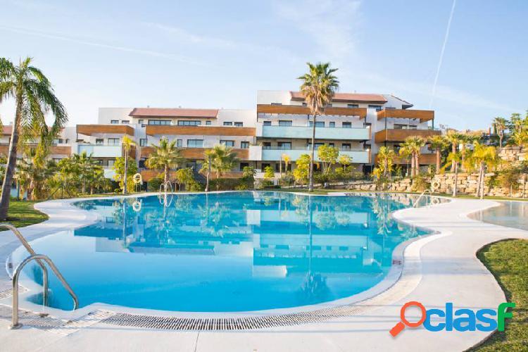 Lujoso apartamento en Los Flamingos Golf resort