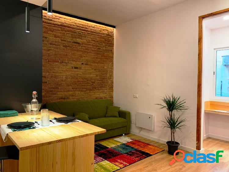 Magnifico piso reformado a estrenar y amueblado de diseño 2