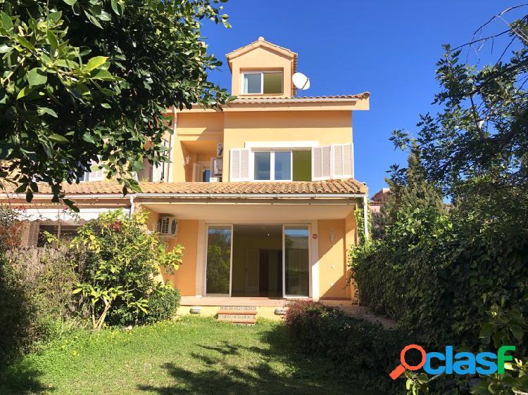Mallorca Next Properties - SE ALQUILA Parado 4 dormitorios,