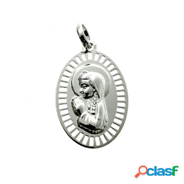 Medalla ovalada de plata de ley calada con la virgen niña