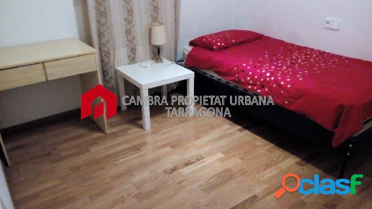 OPORTUNIDAD!!Piso en venta en el centro de Tortosa 143 m2