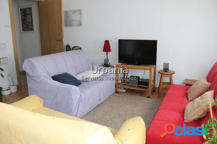 PLA-CAROLINAS. Bonito piso de 2 dormitorios y 1 baño.