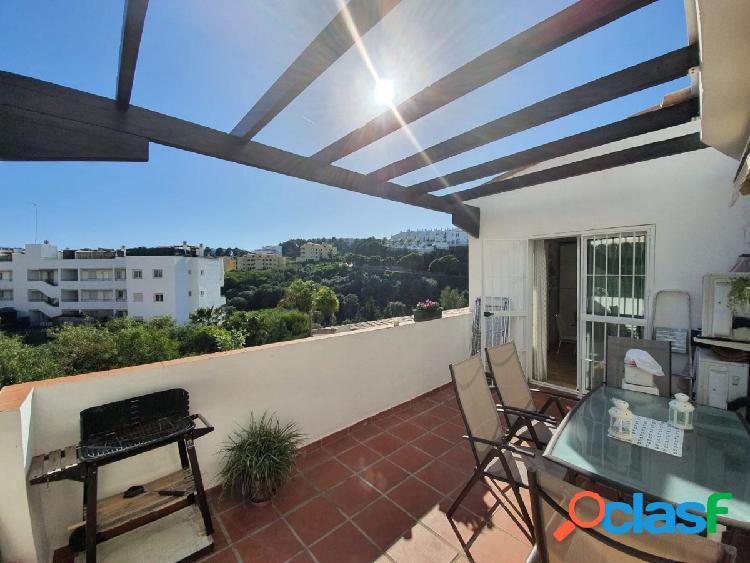 Piso de 103m2 con dos habitaciones y terraza con vistas