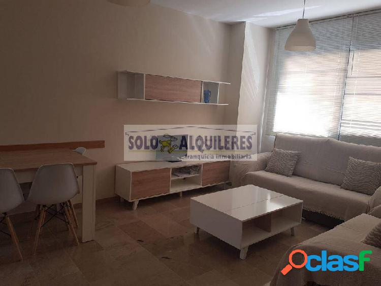 Piso de 2 dormitorios en zona Beiro junto a Traumatología
