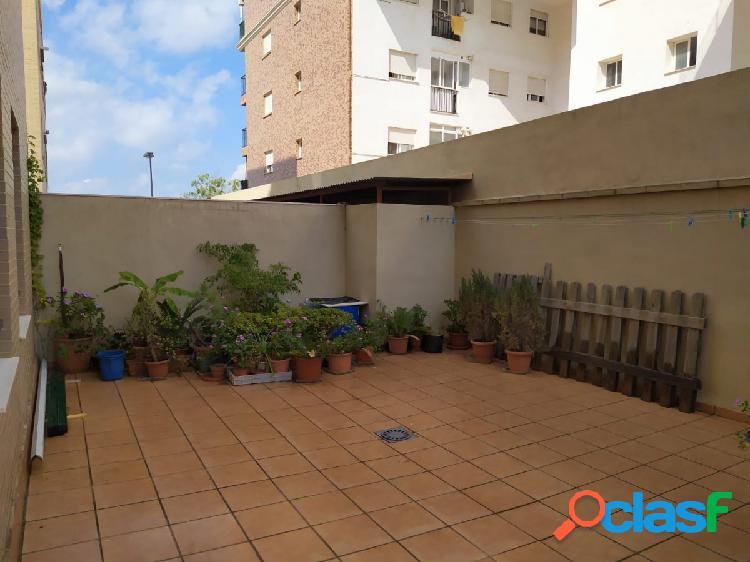 Piso de 3 habitaciones en alquiler en Paterna
